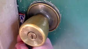 Bedroom Door Locks With Key How To Unlock A Door With A Credit Card Or Dl Youtube