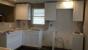 Kitchen Cabinets Doors And Drawers by Kitchen Peeling White Thermafoil Cabinet Door And Drawer Front