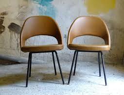 Saarinen Arm Chair Design Ideas Best 25 Saarinen Chair Ideas On Pinterest Womb Chair Relax