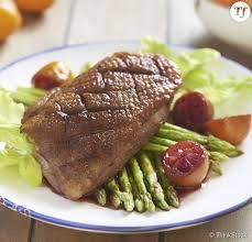 cuisiner le magret comment cuisiner un magret de canard temps de cuisson et recettes