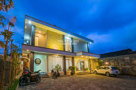 Xxi Jogja Emilia Kost Exclusive Homestay Daily Boarding House With A