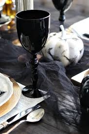 halloween goblets elegantly spooky halloween table the house of silver lining