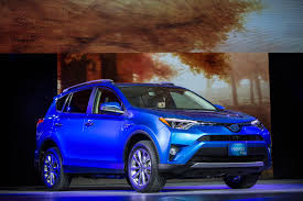 toyota new car 2015 toyota hybrid rav4 shown off at new york auto show