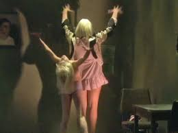 Chandelier Dance Sia Performs