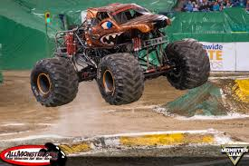 monster truck show in indianapolis monster jam photos indianapolis 2017 fs1 championship series east