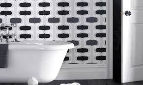 tapeten badezimmer badezimmer tapeten zum eintauchen designtapeten bestellen