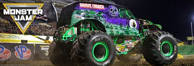 monster trucks grave digger crashes oakland ca monster jam