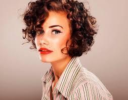 coupe de cheveux fris s 1001 idées coupe courte cheveux bouclés 49 ondulations de