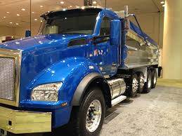 best kenworth truck kenworth wins truck of the year