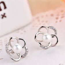 hypoallergenic earrings and korean fashionable style snowflake earrings pearl gold plated