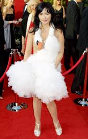 swan dress oscar gaffes