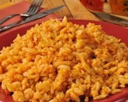 cuisine espagnole facile recette riz au bouillon sauce tomates et curcuma façon espagnole