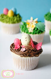Decorating Easter Egg Cupcakes by Happy Easter U201d Treats Easter Nest Cupcakes With Easter Eggs