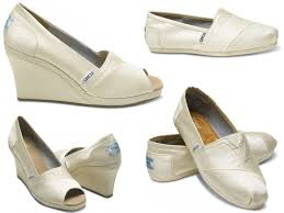 wedding shoes toms and chic ivory toms wedding shoes wedge peep toes and flat closed