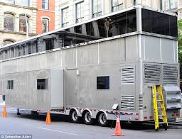 new york travel trailers images Will smith takes over new york block with 2m trailer on men in jpg