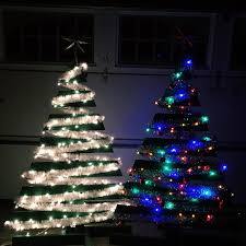 how to make two christmas trees from one wooden pallet live
