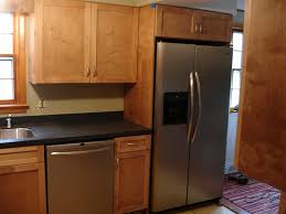 Maple Shaker Style Kitchen Cabinets Astounding Maple Shaker Kitchen Cabinets Featuring Double Door