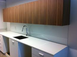 Glass Backsplash For Kitchens by Glass Backsplash Installation Home Decorating Interior Design