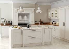 shaker style kitchen ideas 35 best traditional kitchens images on shaker style