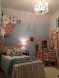 paper flowers princess room pink and blue room ideas 6 year old
