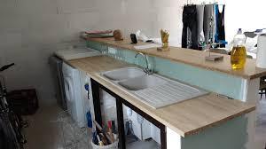 fixer un plan de travail cuisine plan de travail à fixer sur muret pour cuisine americaine forum