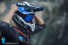 cyber monday motocross gear leatt dbx trail helmet spotlight motocross mtb news bto sports