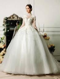 robe de mari e princesse pas cher robe de mariée princesse dentelle appliques avec manches longues