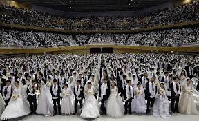 wedding in the mass wedding in south korea astonishing 3 500 couples from 200