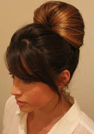 penny bun hairstyle big bang inside out ponytail bun this is the bun penny kaley cuoco