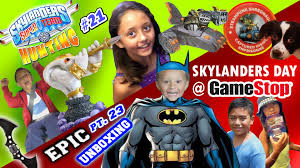 halloween costumes skylanders king cobra cadabra vs batarang epic unboxing 23 superchargers