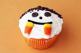 baking orange velvet halloween cupcakes and making memories