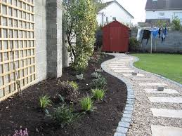 Landscape Ideas For Side Of House by Simple And Low Maintenance Front Side Yard Landscaping House