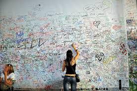 Wall Writing Find A Space To Write In Casa Di Giulietta I U0027m Hoping To