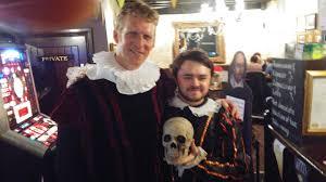 shakespeare halloween costume shakespeare street theatre tour stratford upon avon u0026 oxford tour
