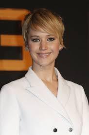 hambre hairstyles la actriz jennifer lawrence en alemania para la promoción de la