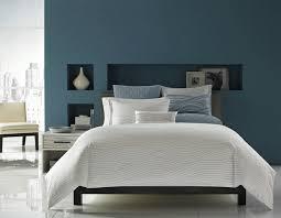 chambre gris bleu déco intérieur blanc et bleu combinaison classique lit gris