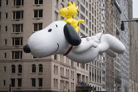 watch macy s thanksgiving day parade online macy u0027s thanksgiving day parade stars share favorite memories for