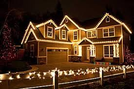 hanging christmas lights around windows hang christmas lights without damaging your roof posey home