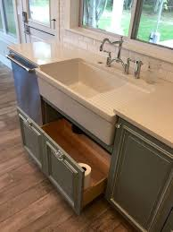 Does Flooring Go Under Cabinets Best 25 Kitchen Cabinets Ideas On Pinterest Diy Hidden Kitchen