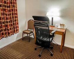 Room With Desk Comfortinnmarkham Com
