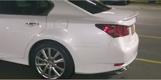 lexus es vs gs rear spoiler oem fsport vs non sport lip pic u0027s page 2