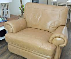 How To Clean A Leather Sofa by How To Clean Leather Furniture Naturally Mom 4 Real