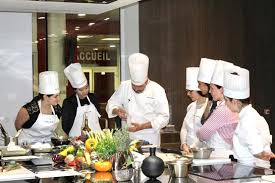 cours de cuisine gastronomique cours de cuisine et de pâtisserie pour gastronomes