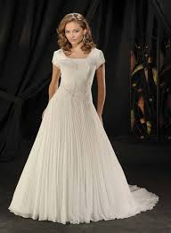 wedding gowns with sleeves simple wedding gowns with sleeves