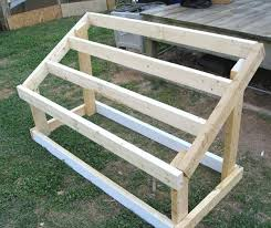 How To Build A Toy Box Out Of Wood by Best 25 Chicken Roost Ideas On Pinterest Chicken Houses