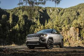 big jeep cars 2017 jeep compass shows big improvement in fuel economy