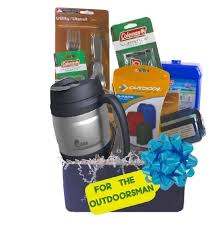 gifts for outdoorsmen the outdoorsmen gift basket a tisket a tasket gotta a