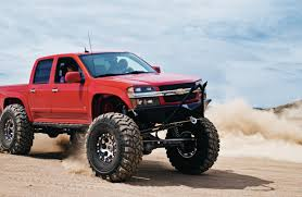 gmc canyon lifted with straight axle conversion rides
