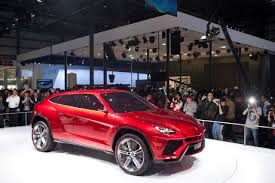 lamborghini urus lamborghini will quarantine the v8 twin turbo engine to urus
