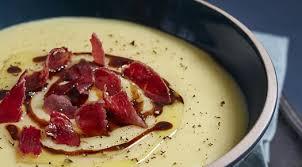 cuisiner des topinambour recette velouté de panais topinambour vinaigre balsamique truffe